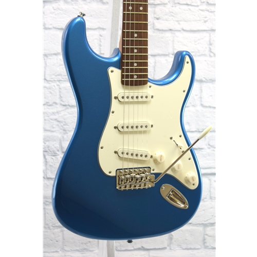 SQUIER CLASSIC VIBE 60'S STRATOCASTER - LAKE PLACID BLUE
