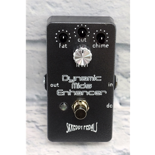 SKREDDY USED DYNAMIC MIDS ENHANCER PEDAL
